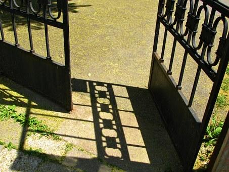 A kapu a pályaváltás szimbóluma