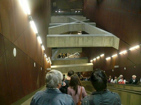 Gellért téri M4-es metró állomása felé